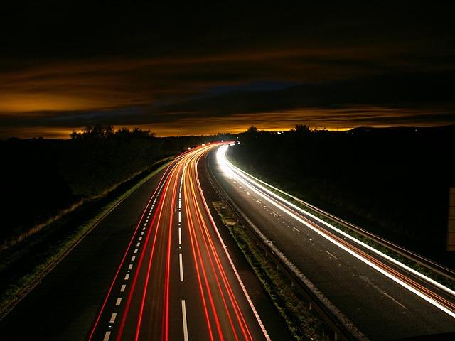 highway-216090_640