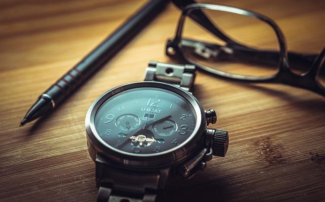clock-1461689_640