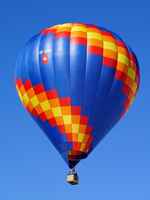 balloon-2021525_640