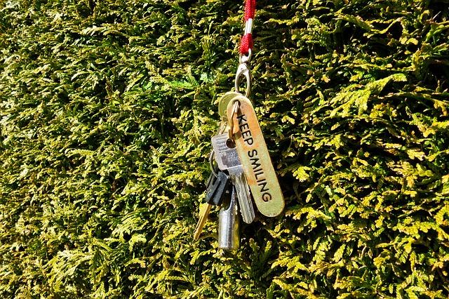 key-3276525_640