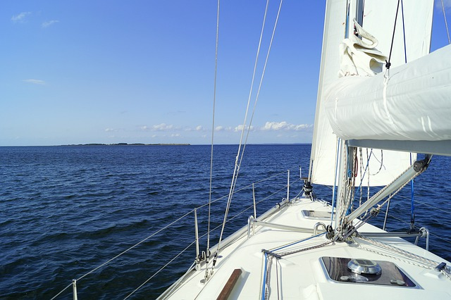 sail-4451570_640