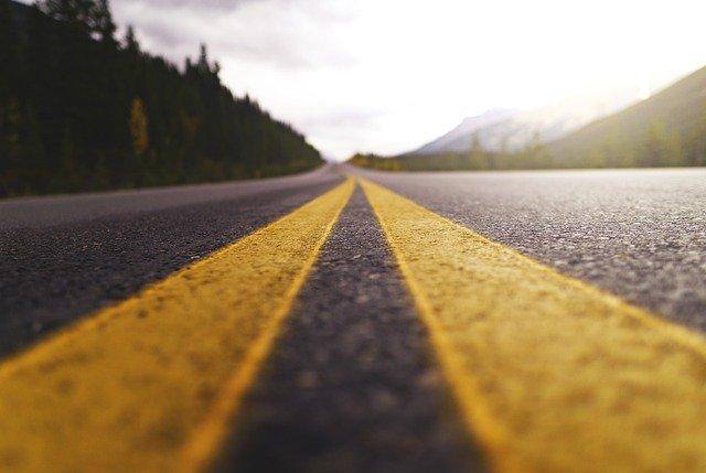road-5089188_640